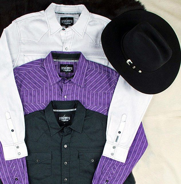 When a country legend partners with an iconic shirt brand  Garth Brooks Sevens by Cinch. Shop these rockstar-worthy snap shirts now via link in profile.  #westernwednesday #garthbrooks #cinch