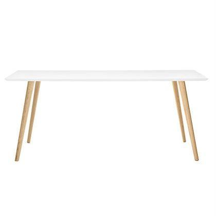 De Arper Gher Tafel is een ontwerp van het Italiaanse merk Arper. De strakke uitstraling van deze designtafel past in elk interieur! Iets voor in jouw eet- of werkkamer? Het massief houten onderstel staat stevig en heeft een warme uitstraling.