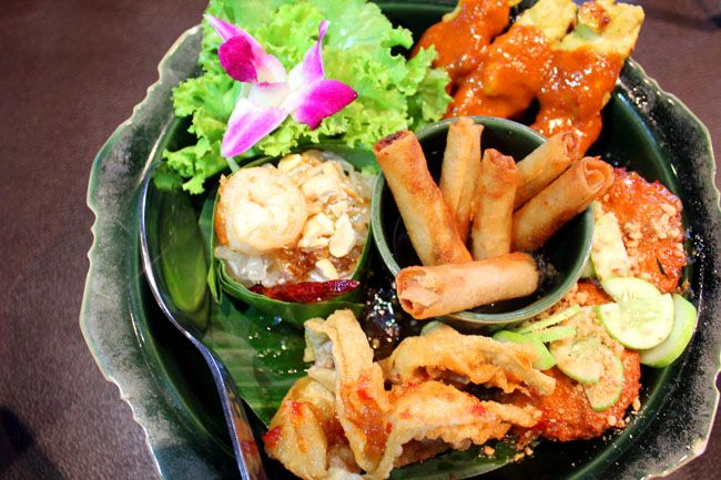 Authentic #Thai street food restaurant Nara Thai opened a new branch in ION Orchard - danielfooddiary
