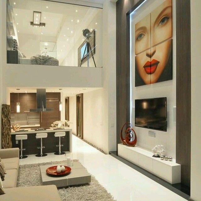 #moderno #diseñointerior donde se unen todos los ambientes, cocina, sala e incluso la habitacion a través de una doble altura, aprovechando asi cada metro del espacio inteligentemente decorado. Ve mas...