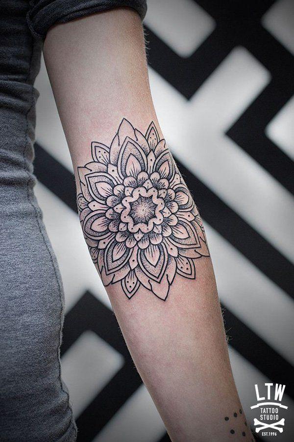 Mandala Tattoo - 30+ Intricate Mandala Tattoo Designs  <3 <3