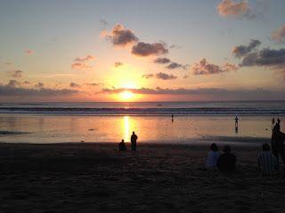 バリ倶楽部さすけのブログ: バリ島クタ・ビーチはなぜ人気なのか?本当の理由は?!