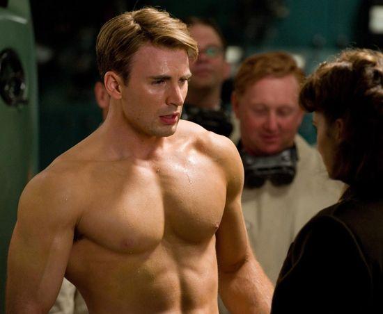 Superhero man candy . . . yes, please!Avengers, Chrisevans, Chris Evans, Captain America, Sexy Men, Eye Candies, Steve Rogers, Hayley Atwell, Superhero
