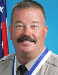 Sergeant Steve Owen Los Angeles County (CA) Sheriff's Department End of Watch: October 5, 2016  Sergeant Steve Owen was shot and killed while responding to a residential burglary. Sergeant Owen ran to the rear of the residence and was shot in the face by the suspect. Sergeant Owen was transported to the hospital where he succumbed to his wounds. The suspect was apprehended several hours later. Sergeant Owen is the 42nd officer to be shot and killed in 2016 and the fifth law enforcement fatal
