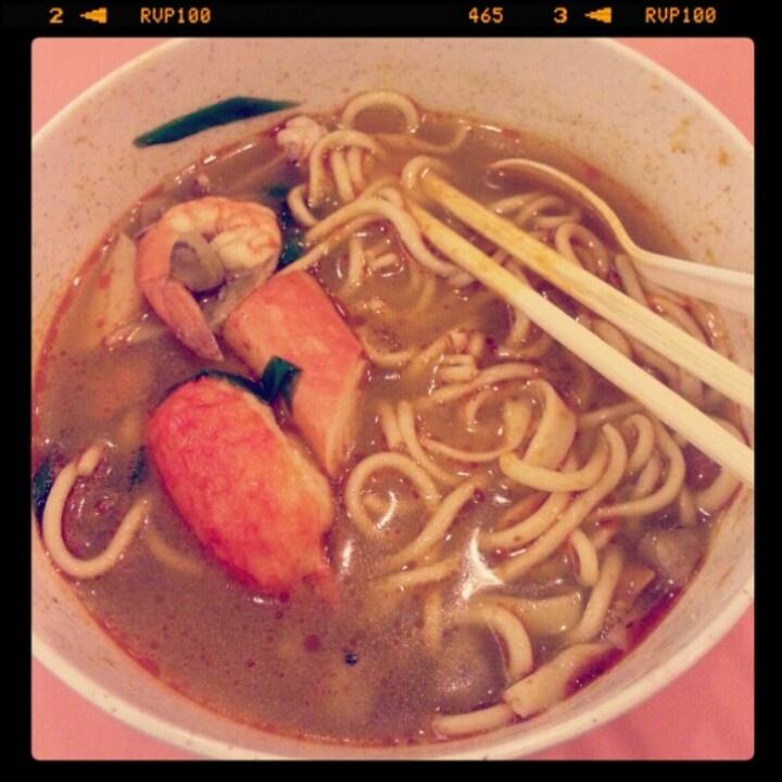 tomyam noodle, at istana plasa bandung