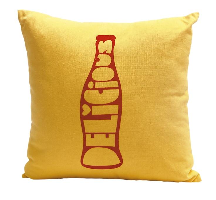 Estos cojines son una buena alternativa para darle toques de color a tu cama, a un mueble, a un sillón o un puf.