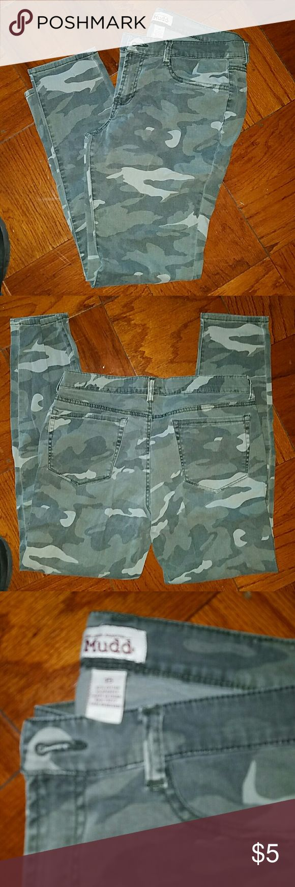 Mudd, juniors, camouflage skinny jeans Mudd brand,  juniors,  size 15, worn, good condition,  97% cotton, 3% spandex. Mudd Jeans Skinny
