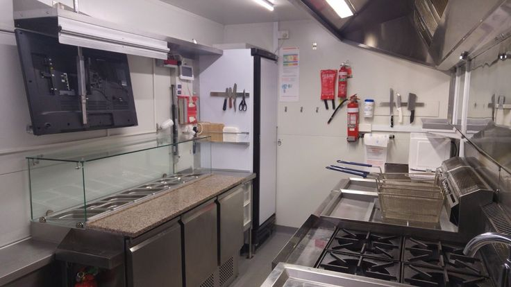 Already Built - Melbourne Based - Food Truck (Only 6 months old Ready to go!) in…
