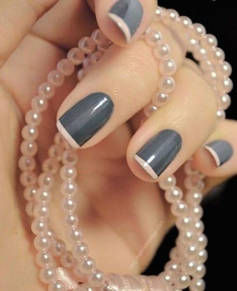 A twist to French manicure: glossy gray nail design with light pink tips