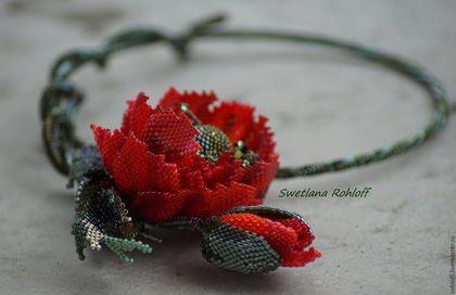 Купить или заказать Колье ,,Маки' в интернет-магазине на Ярмарке Мастеров. Колье ,,Красный мак'. Какое буйство красок! И ощущение чудесной фантазии – так невероятно эти цветы раскрашивают жизнь. Очень впечатляет. Рвать букеты из них нет смысла, они вянут, а любоваться и наслаждаться едва уловимым ароматом маков – это можно! Яркие, красные!!! Маки, как символ счастья и благополучия, открытости и прощения всех обид радовали насыщенностью цветом.