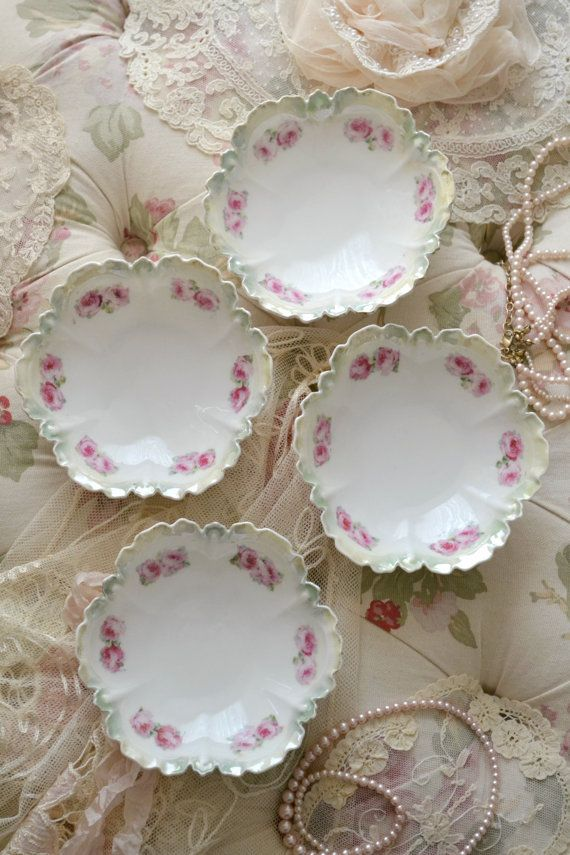 This listing is for a stunning set of 4 antique porcelain berry bowls.