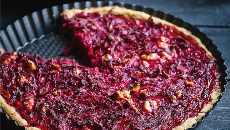 Fuldkornstærte med rødbede og feta