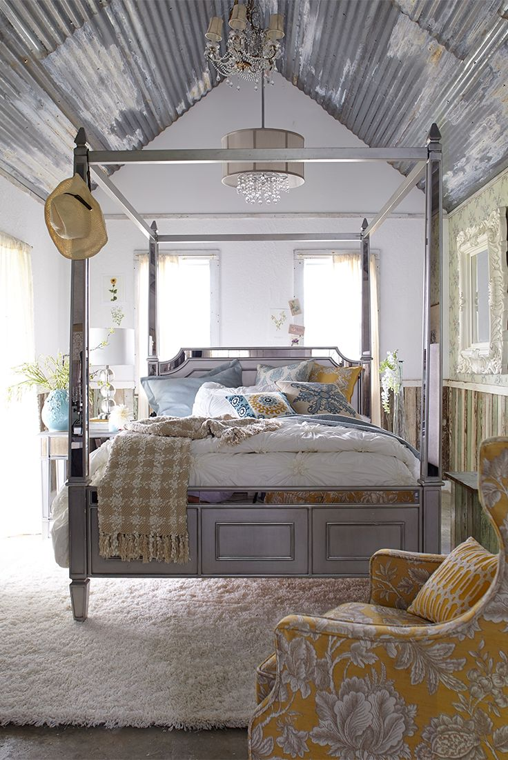 Hayworth Queen Silver Canopy Bed