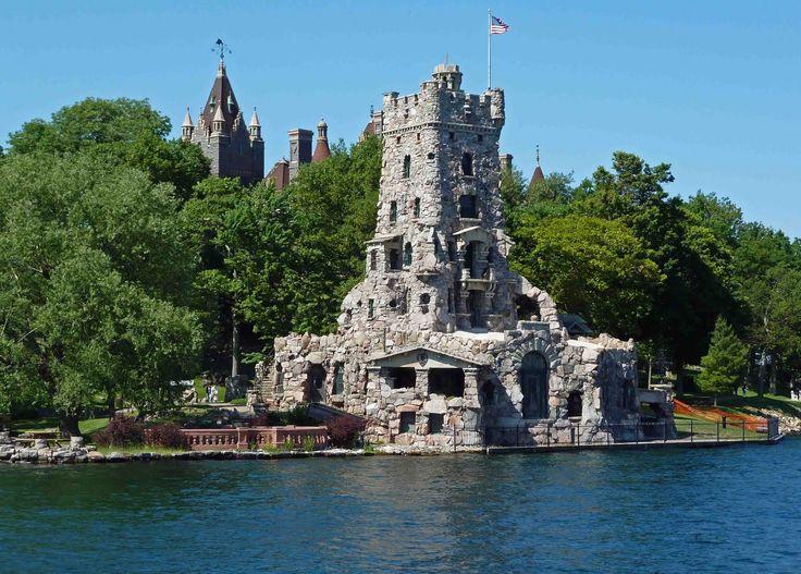Mini castle house plans of the castle the basement for Mini castle house plans