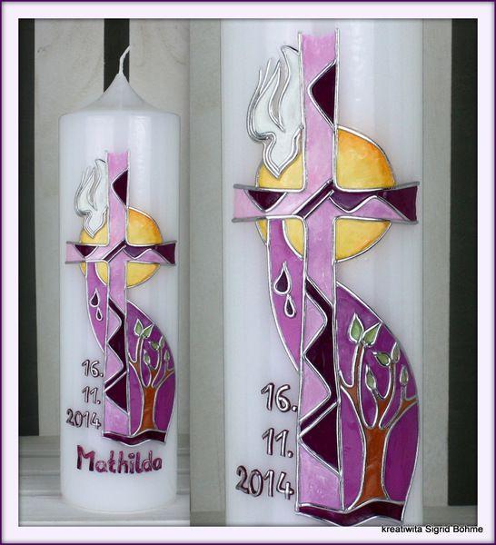 Taufkerze Kirchenfenster-Stil violett DW 510 von Kerzenkunst - Kreatiwita auf DaWanda.com