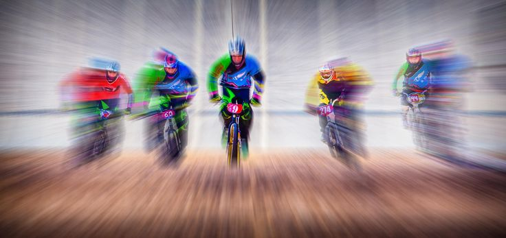 Browse all the winners in the contest 'Zoom burst'. Enter free contests, read expert reviews and get inspired at Photocrowd – your new favourite photo community. (Contest in association with Contrastly) (Photo © Andy Boyce)