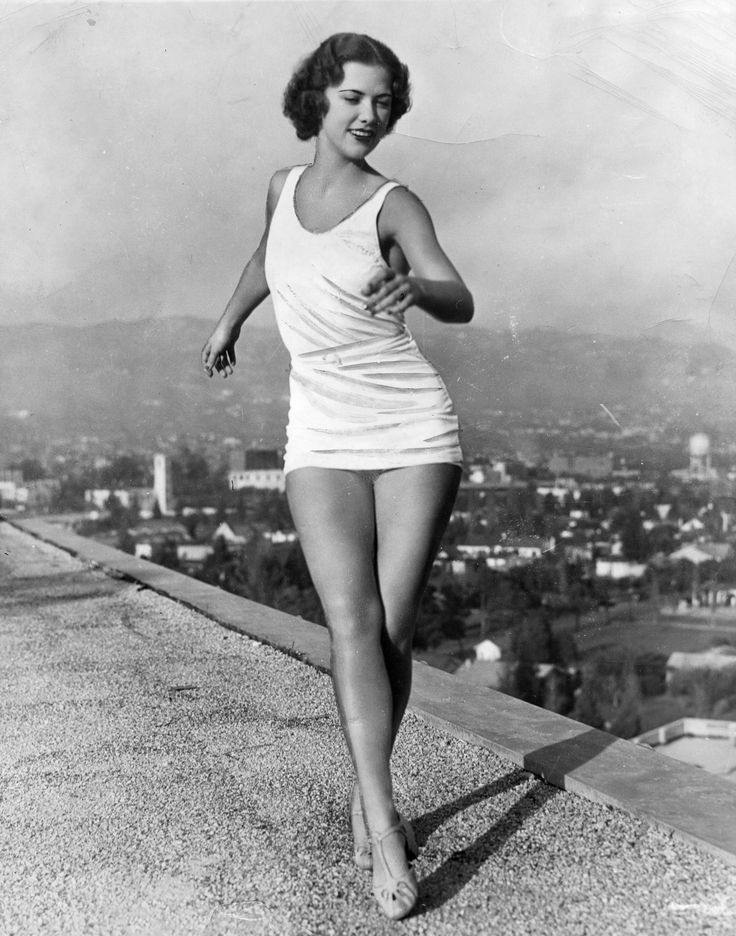 Eleanor Powell rehearsing dance moves on the top of the Beverly Wilshire Hotel 1935 in Beverly Hills. Photo from Marc Wanamaker. #BWHistory More
