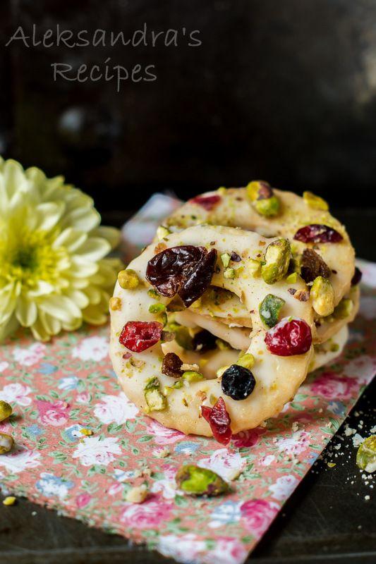 Aleksandra's Recipes: Lemon Cookies with Pistachios, Cranberries and Raisins