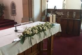 bloemstukken huwelijk altaar - Google zoeken