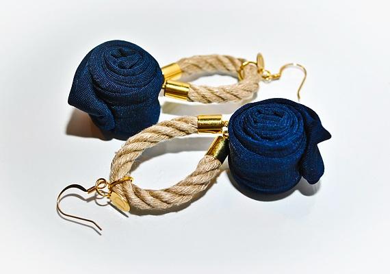 Varázslat textillel, kötéllel és arannyal | retikul.hu