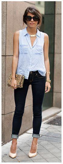 Light blue button up shirt or top, deep blue jeans, nude pumps or heels