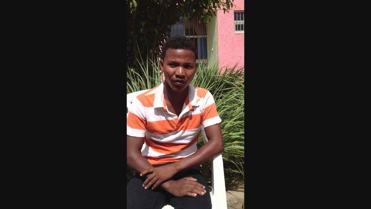 Daniel è uno ragazzo etiope che ha studiato in una scuola di @Save the Children. Daniel studia all'università e grazie al 5x1000 possiamo aiutare altri ragazzi come Daniel. Scegli anche tu di donare il tuo a Save the Children http://www.savethechildren.it/5_per_mille.html #povertà #etiopia #scuola #bambini