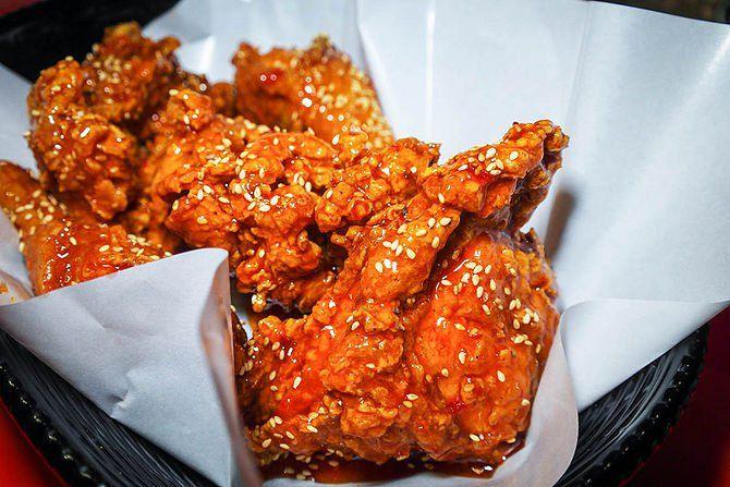 ... fried chicken yangnyeom tongdak korean fried chicken yangnyeom chikin