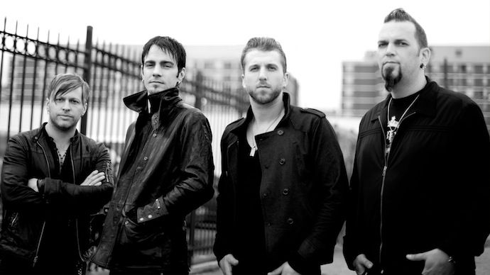 Three Days Grace покинул их вокалист, Адам Гонтье. - http://rockcult.ru/three-days-grace-pokinul-ix-vokalist-adam-gonte/