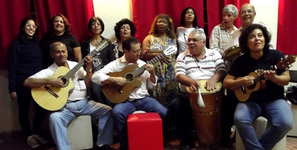 Pra quem gosta de um bom Samba, hoje as 20hrs tem Samba do Sino no Intervalo Cultural http://www.guarulhosonline.com/noticias/cultura-e-lazer/samba-do-sino-e-atracao-do-intervalo-cultural-desta-quinta-feira-02/