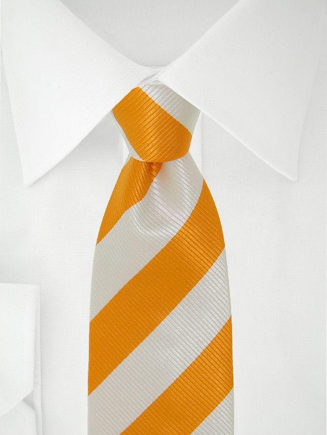 Cravate blanche à bandes oranges à 7 plis