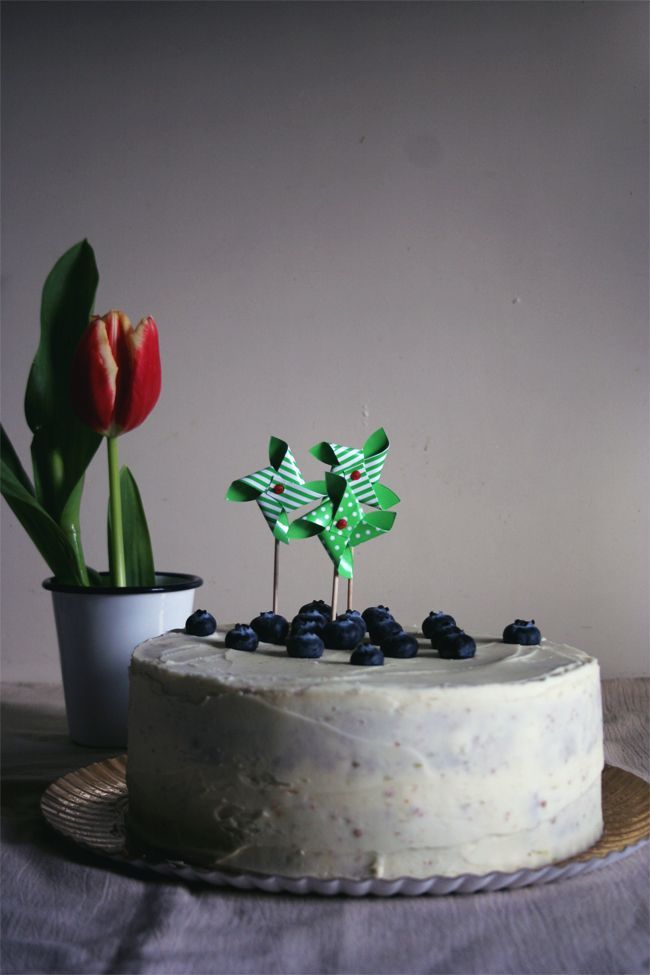 petiscosemiminhos: Bolo de mirtilo e lima/ Blueberry and lime cake