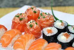 Fala se meu combinado não ficou bem profissa?! Orgulho master de ter feitomeupróprio japa!No post anterior (aqui) eu mostrei para vocês como preparar o arroz para sushi e nesta postagem vou divid…