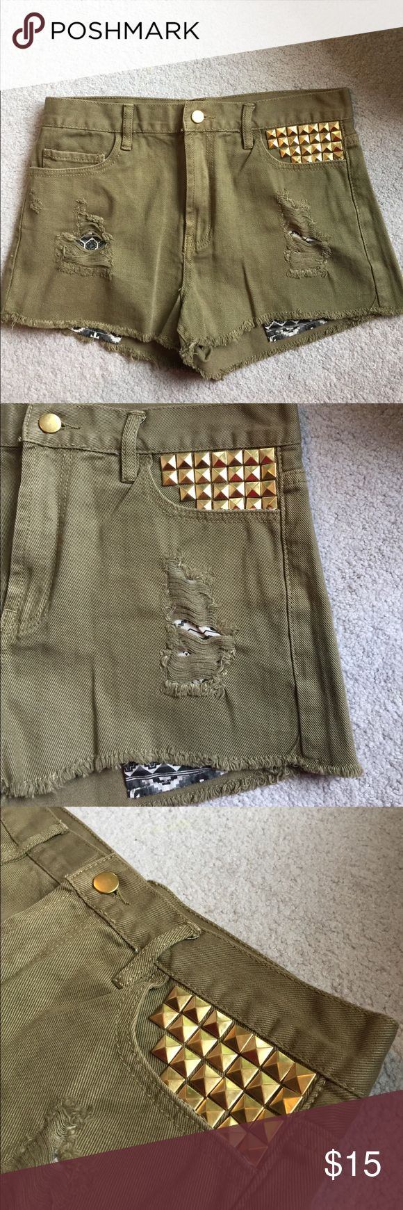 NEVER WORN army green accented shorts! I bought these to wear to a Kanye West concert, but I ended up wearing something else. They've never been worn and are still in great condition. They are high waisted and have patterns pockets underneath that show more when they're on a body rather than what they look like in the picture. Really cute shorts!! Shorts Jean Shorts