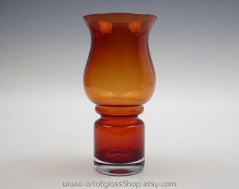 "Riihimaki ""Tulppaani"" red glass vase by Tamara Aladin"