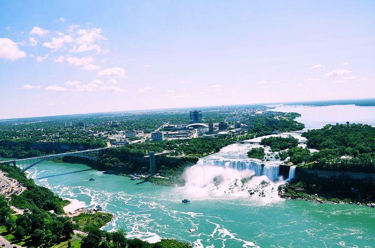 Descubre los sitios turísticos más interesantes y bellos que debes visitar en tu próximo viaje a Canadá.