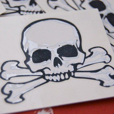 4 Pirate Skull and Bones Tattoos