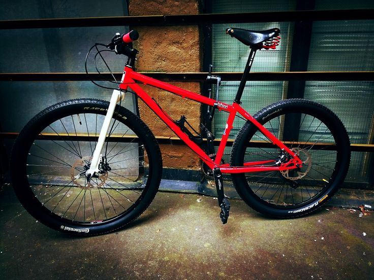 On One Inbred rigid 69er. Mtb and city bike. This was a total wreck, repainted and rebuilt it from second hand parts