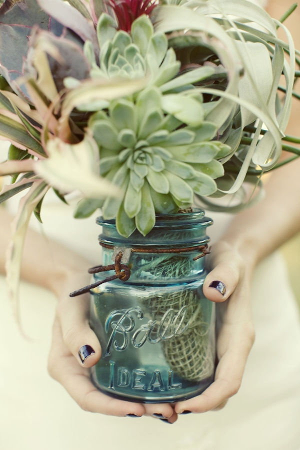 bouquet in a mason jar