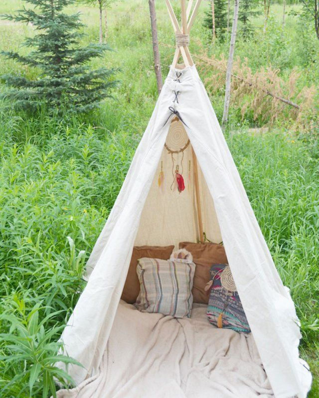 elegant fabriquer un tipi soimme with comment fabriquer un tipi tepee plan. Black Bedroom Furniture Sets. Home Design Ideas