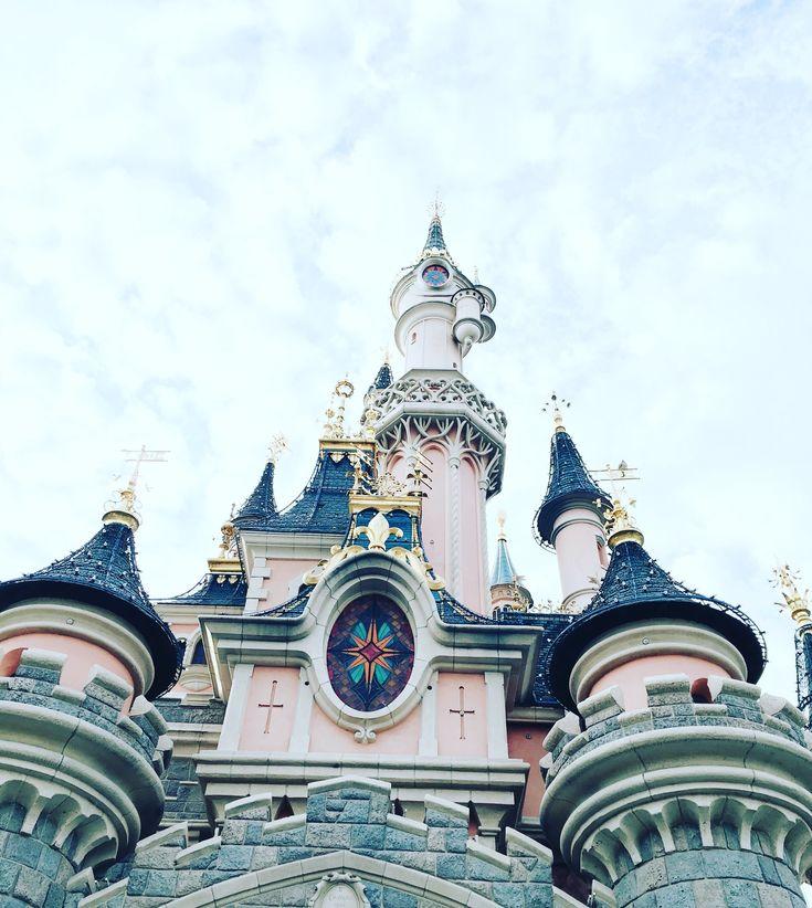 http://www.timeout.fr/paris/le-blog/10-conseils-pour-optimiser-sa-journee-a-disneyland-060816?cid=eml~FR_PAR~NL~1400927921~~Title~
