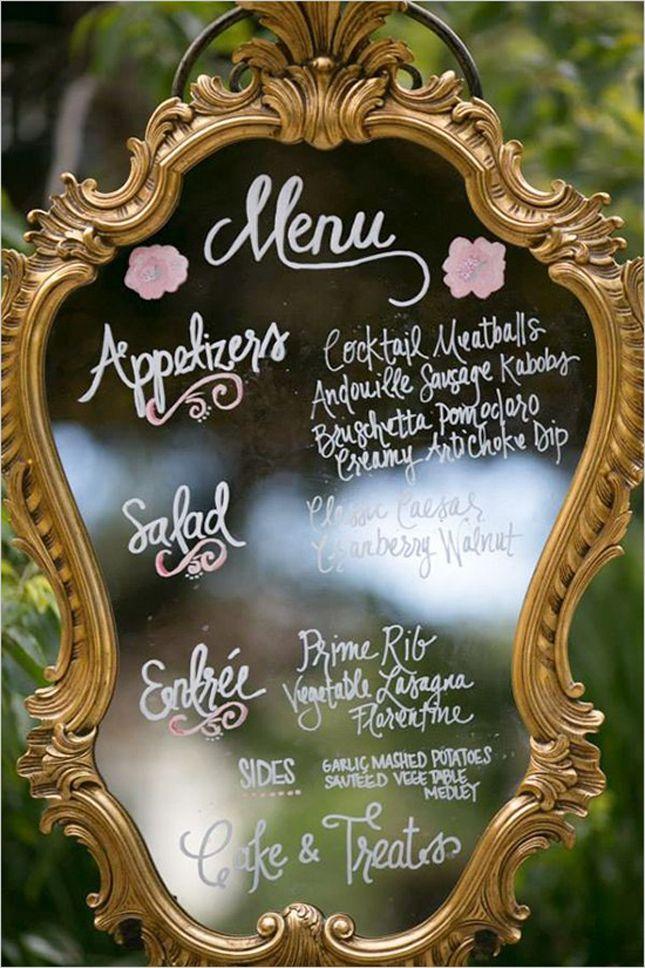 Caligrafia do menu no espelho antigo