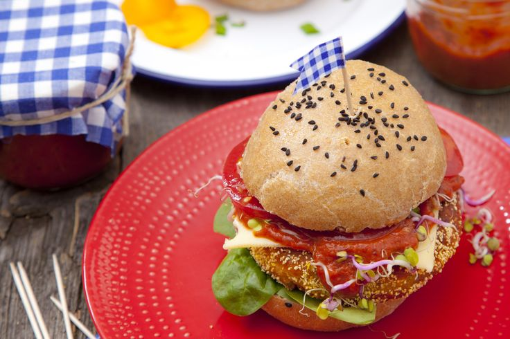 Domowy fast food – pomysł na wegetariańskie burgery z soczewicy
