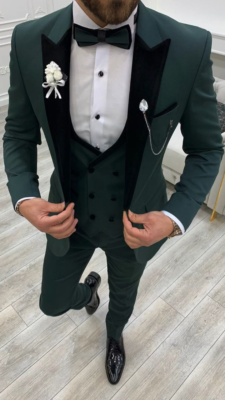 Business Casual Men, Men Casual, Blue Slim Fit Suit, Green Tuxedo, Formal Suits, Three Piece Suit, Fitted Suit, Groom Attire, Groom Style