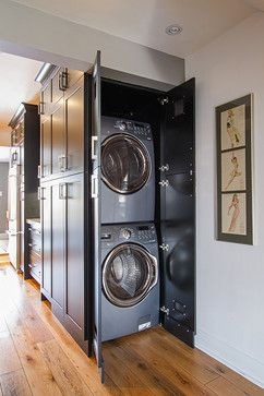 A Washer And Dryer Are Hidden Within Plain Sight In This Clever Kitchen Cabinet Configuration Mudroomhidden Laundry Roomslaundry