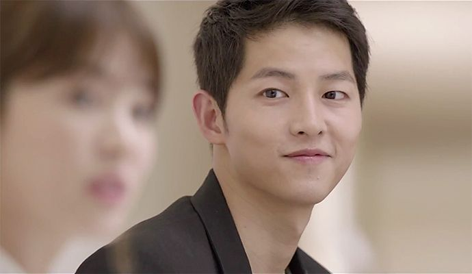 Descendants of the Sun has a new teaser, and ohmagaaaah! This one shows a bit of the drama's less seriousside …sort of. Well, ithighlights Song Hye Kyo's fiery personality,as …