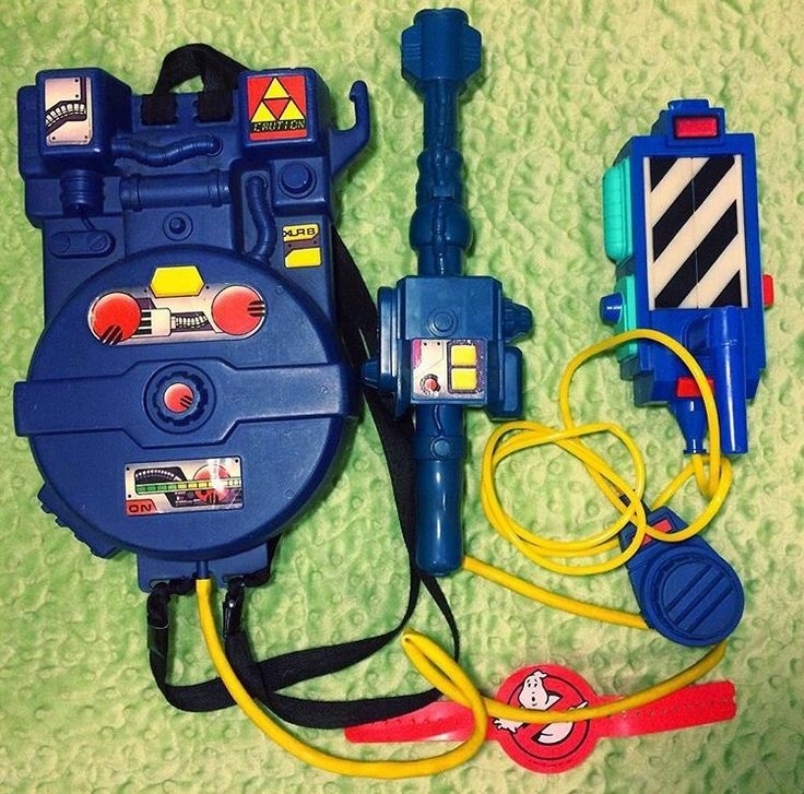 If you had this as a kid you had an awesome childhood! Who had a #Ghostbusters Proton Pack? (Pic via https://instagram.com/p/BKlUcrcAVFs)