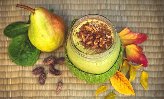 Autumn-Lovers' Pear Cardamom Smoothie | Learn Wellness Articles | tuja wellness