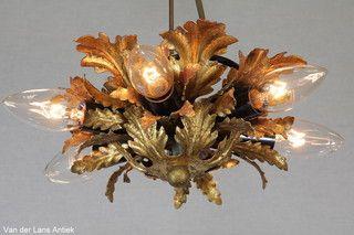 Italiaanse plafonniere 26131 bij Van der Lans Antiek. Meer antieke lampen op www.lansantiek.com