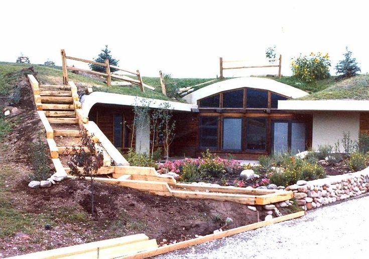 De 25 bedste id er til underground homes p pinterest for Earth shelters