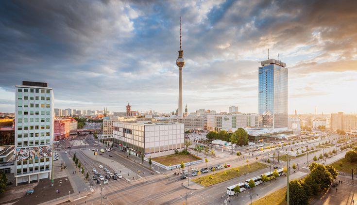 Berlin S Alexanderplatz The Complete Guide In 2020